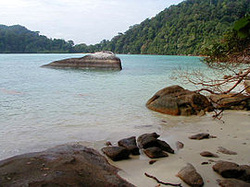 Surin Islands National Park Thailand - Picture from Wikipedia.org - Used on Snippy's Snaps Diving - DiveSnippy
